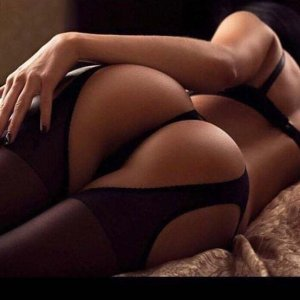 Jennypher escort girl in Summit
