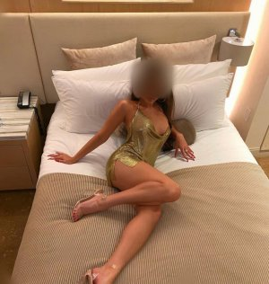 Liwane escort girl